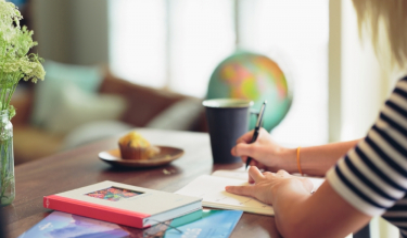 Academic Writing Task 1 - Dynamic Charts